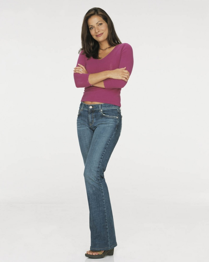 george lopez show angie